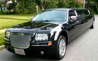 Chrysler 300 limo rental West Palm Beach