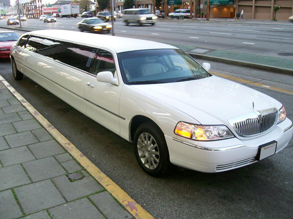 West Palm Beach 8 Passenger Limo